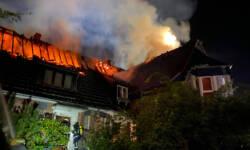 20200814 roesrath dach brennt6