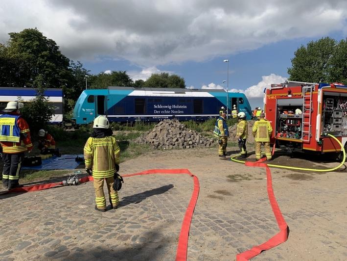 Feuerwehreinsatz im Bahnhof Friedrichstadt
