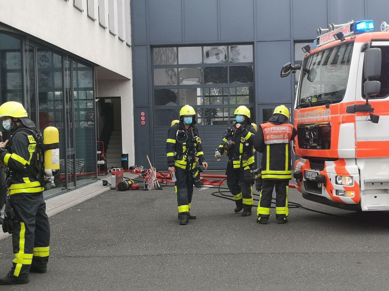 Feuer in einem Technikraum der Kfz-Zulassungsstelle.