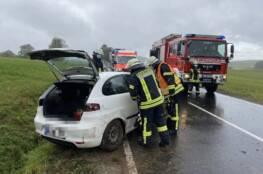 Verkehrsunfall (Foto: Feuerwehr Hofbieber)