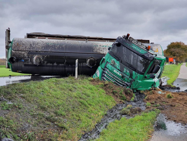 Verkehrsunfall mit Tankaufleger